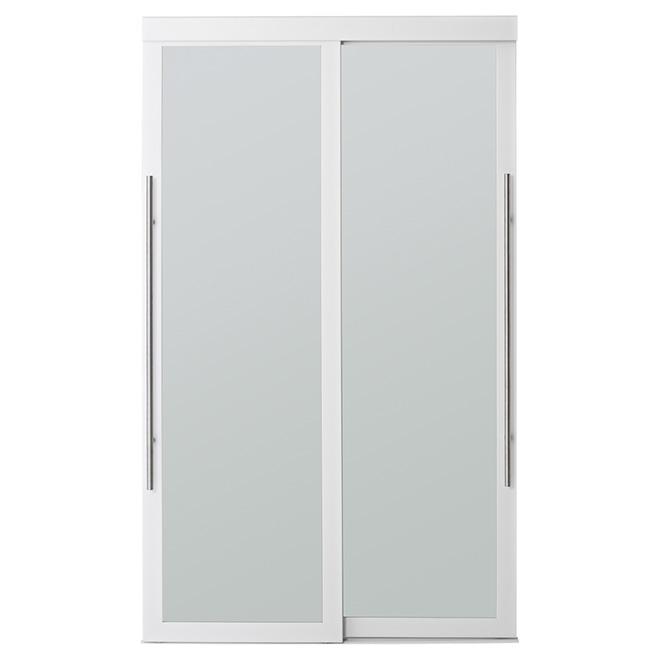 Porte coulissante en verre givré Lounge de Colonial Elegance, 48 po x 80 1/2 po, blanc
