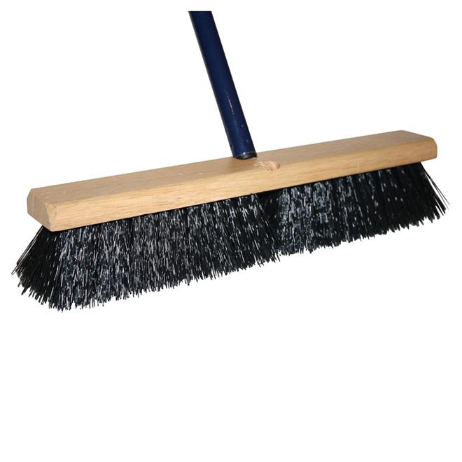 18-in Outdoor Broom