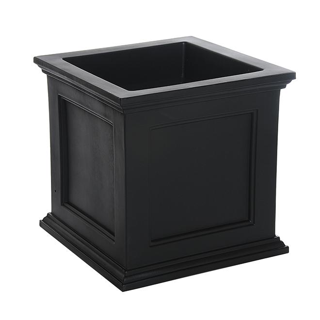 "Fairfield Planter - Self-Watering - 20"" x 20"" - Polyethylene - Black"
