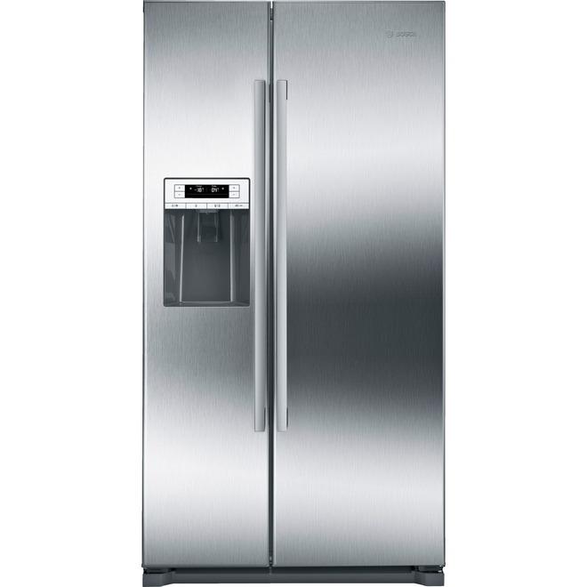 Réfrigérateur avec distributeur d'eau/glace, 20,2 pi³