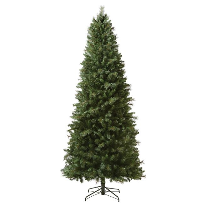 Illuminated Christmas Tree - 9' - 700 Lights