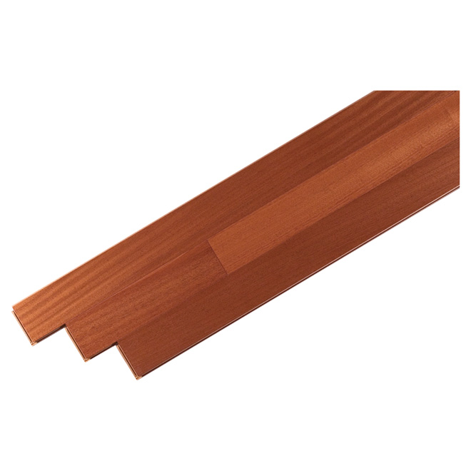 Plancher de bois franc contrecollé en érable, Sapele