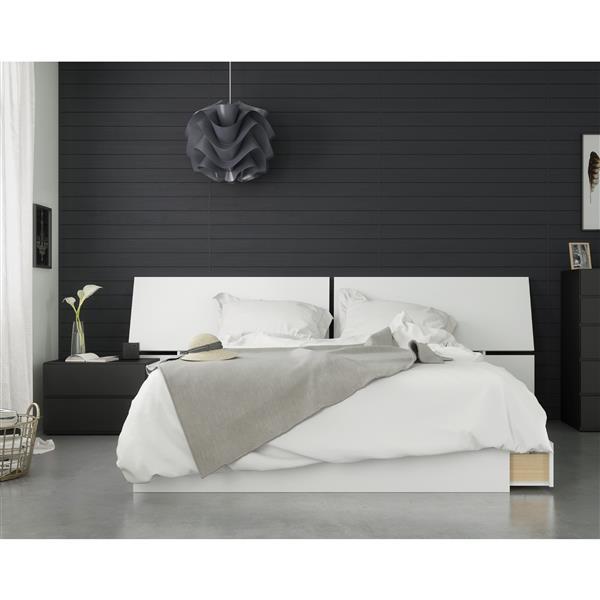Nexera Context 3 Piece Queen Size Bedroom Set, Black & White