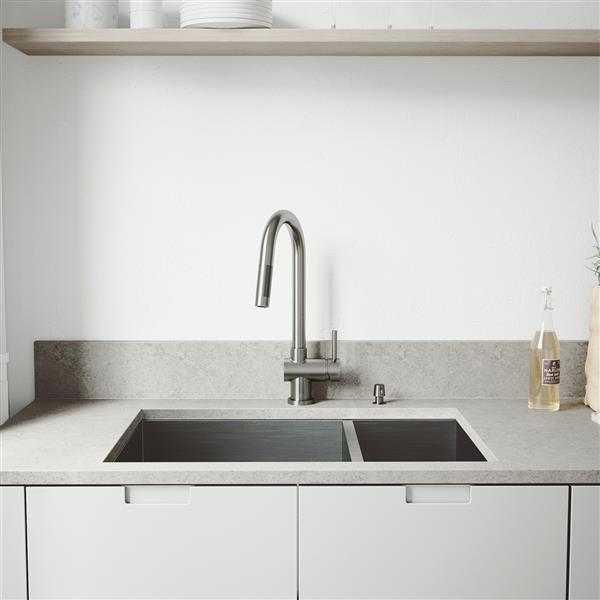 """Évier de cuisine avec grilles et crépines Vigo(MD), 29"""""""