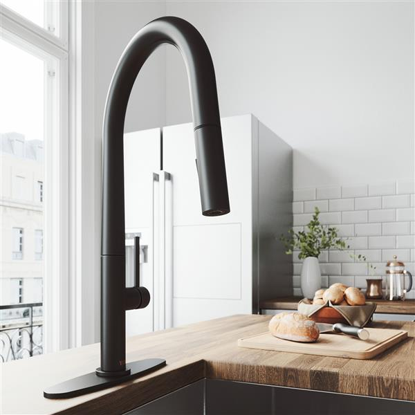 VIGO Greenwich Pull-Down Spray Kitchen Faucet - Black