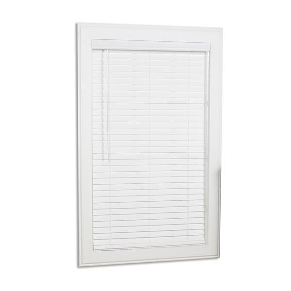 """Store horizontal sans corde, 2"""" x 24.5"""" x 64"""", blanc"""