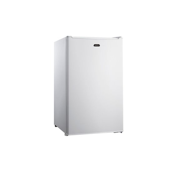 Sunbeam Compact Fridge in White - 3.5 cu.ft