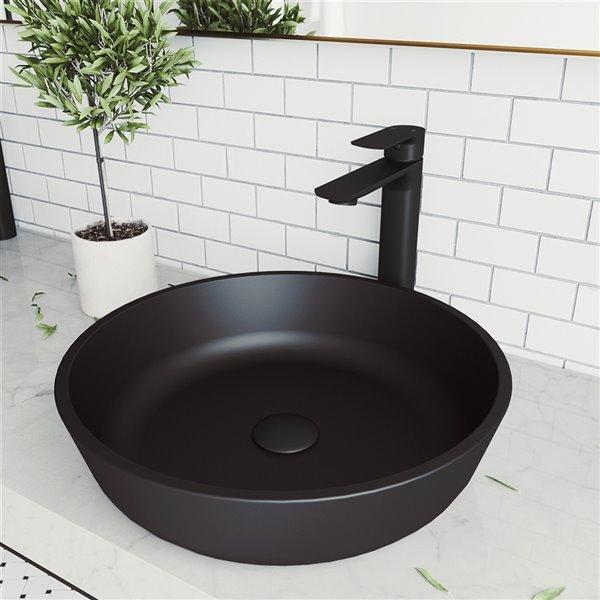 Lavabo de salle de bains noir mat Modus de VIGO, robinet noir mat, 16,5 po