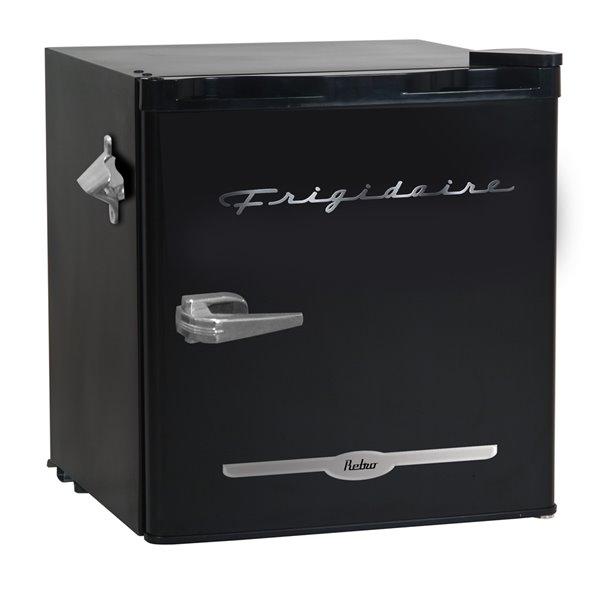 Frigidaire 1.6 cu ft Freestanding Retro Bar Fridge with Freezer Compartment - Black