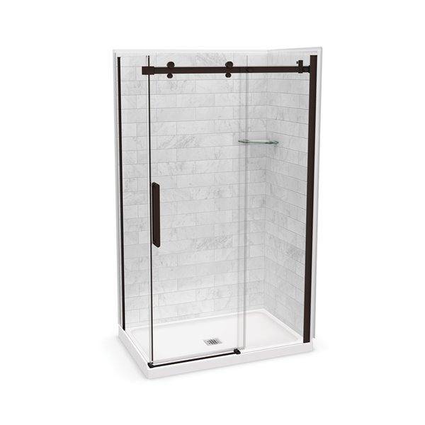 Ens. de douche en coin Utile par MAAX avec drain central, 48 po x 32 po x 84 po, Marbre Carrara/bronze foncé, 5 pièces