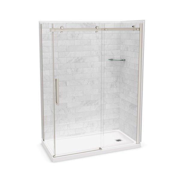 Ens. de douche en coin Utile par MAAX avec drain à droite, 60 po x 32 po x 84 po, Marbre Carrara/nickel brossé, 5 pièces