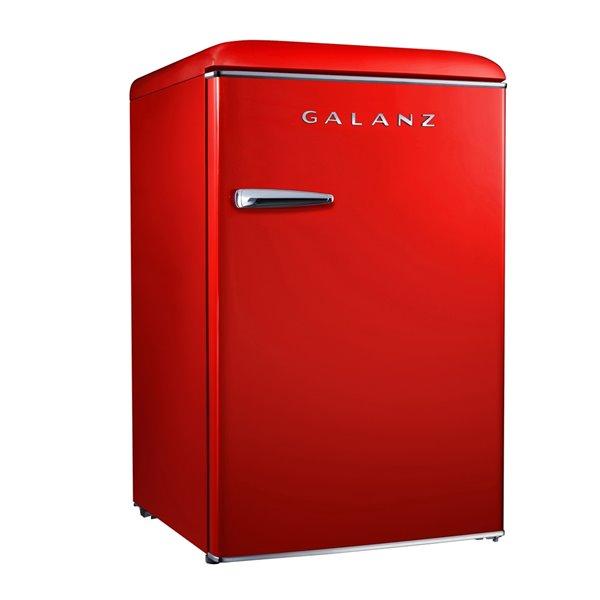 Galanz 3.1-cu ft Upright Freezer (Red)